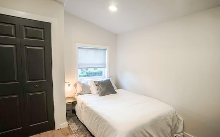 Third full bedroom.