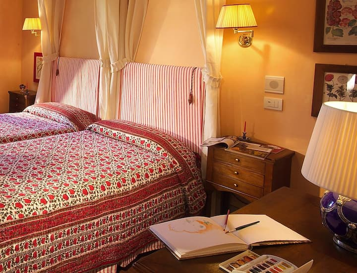 Wonderful room in boutique hotel in Florence