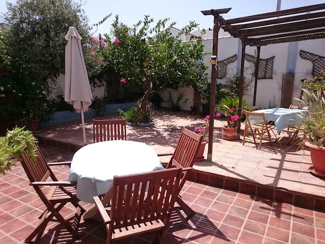 The LemonTree  Guesthouse, r 2 nr caminito del rey