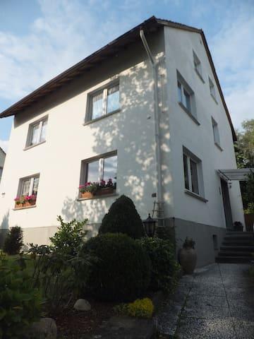 Ferienwohnung in  Wiesbaden mit drei Schlafzimmern