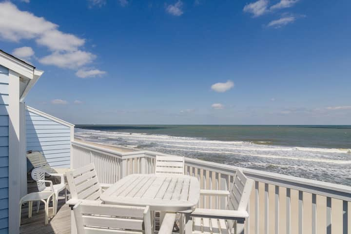 Gardner-Updated 2 bedroom oceanfront unit in Ocean Dunes Resort