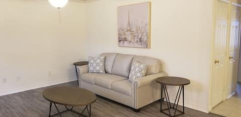 # 504 Beautifully decorated spacious apartment.