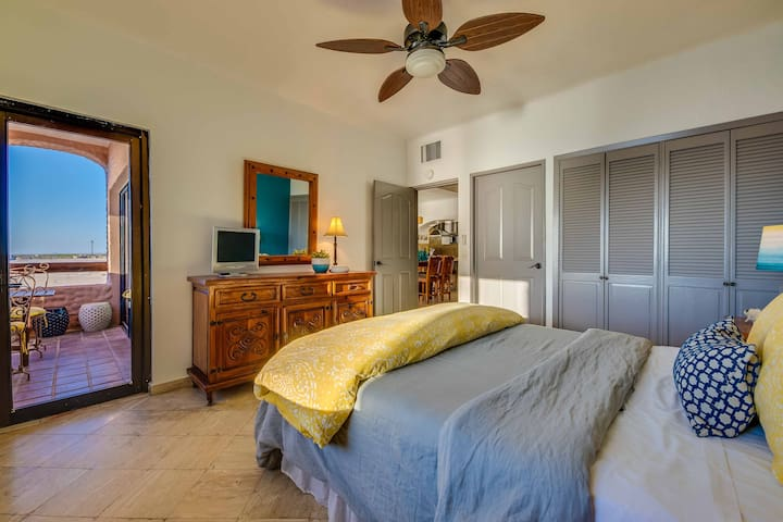 Seaside Guest Bedroom