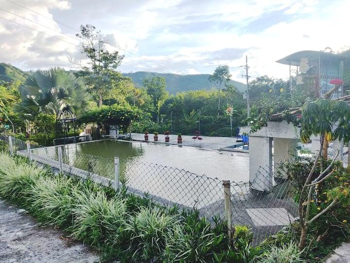Casa privada en Finca Recreativa piscina natural