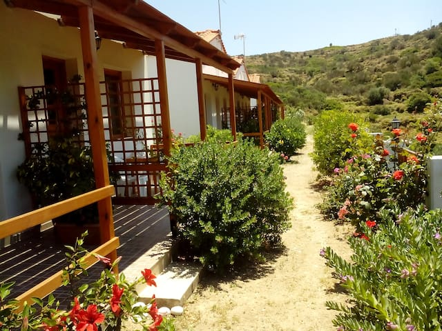 DRAKANO ROOMS for nature lovers at FAROS IKARIA