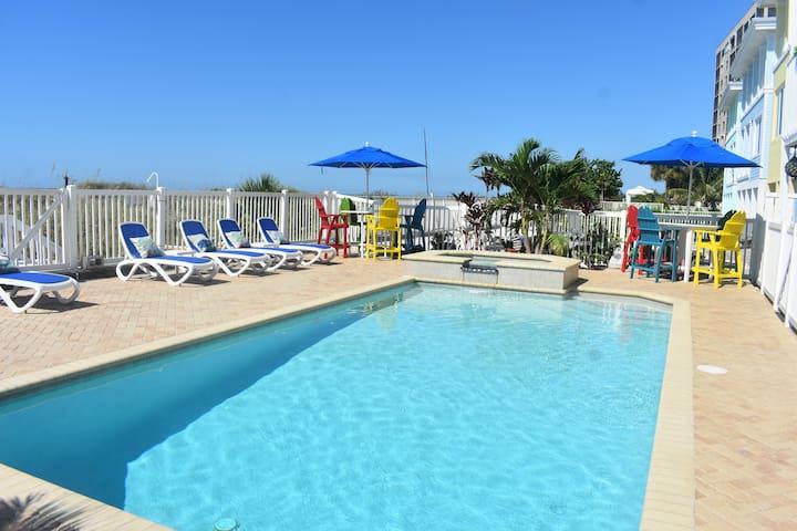 Luxury Beachfront Villas DIRECTLY ON GULF! (GB)