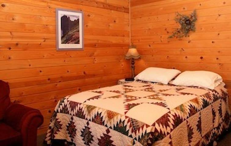 Sweet Little Winthrop Cabin 3 - Winthrop
