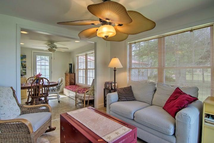 Charming Painter Home w/ Chesapeake Bay Views