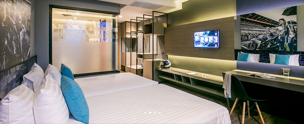 Cool and Modern Deluxe Twin Room Buriram - Buri Ram - Boutique-hotel
