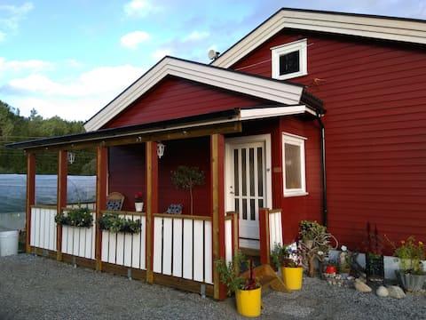 Mali stan u seoskoj kući u Krokedalu