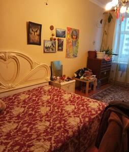 Уютная комната на ст.м. Лесная - Sankt-Peterburg
