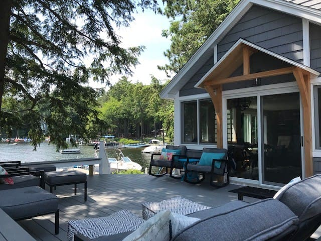 Renovated Lakefront Vacation Home