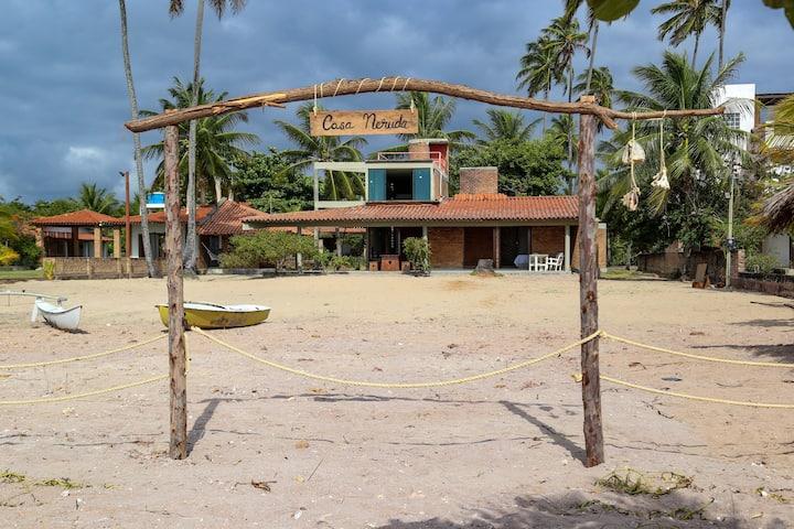Casa Neruda. - O paraíso  à beira mar.