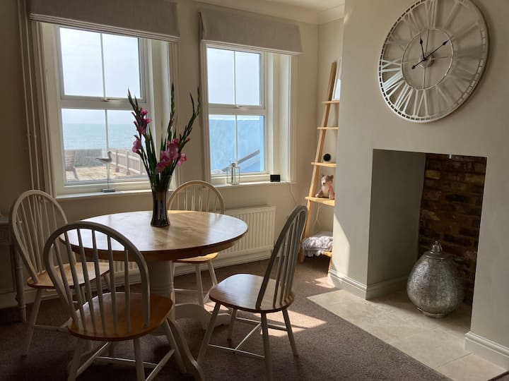 Sandgate Home with a View