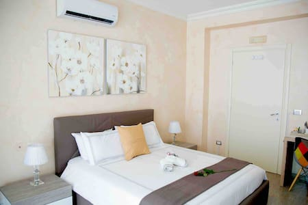 Luxury modern private room / Studio