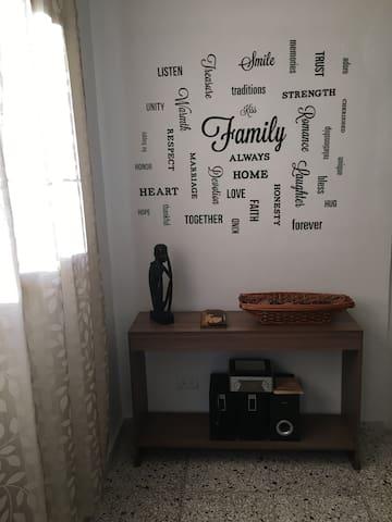 Excelente apartamento independiente en La Habana.