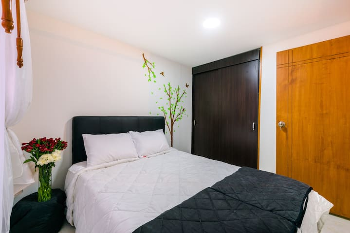 Free Pickup 15 min airport, Perfect to Rest. - Bogota - Apartament