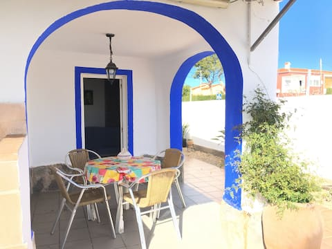 Terraced house 70 meters from the beach Les Deveses