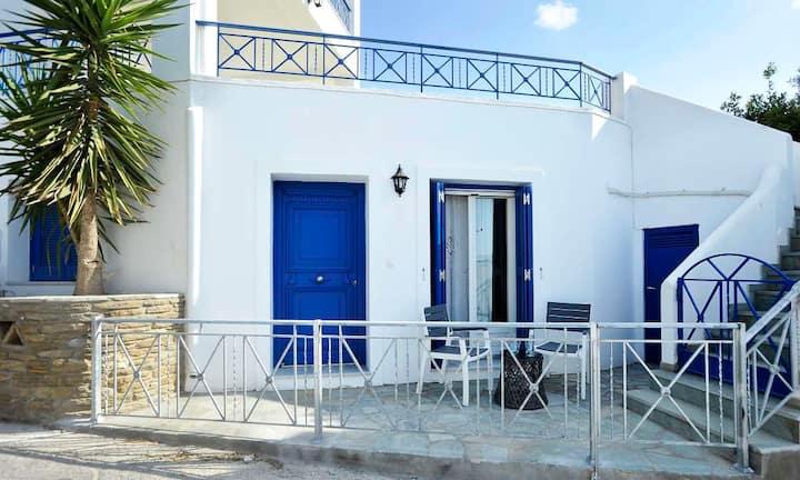 Beba's Villa 2 (Batsi, Andros Greece)