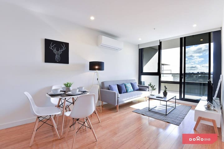❤Free Parking+Excellent location 2 Bdrm@BoxHill❤