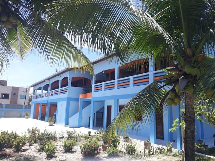 Casa Ampla 4 Quartos em Frente a Praia em Guaibim
