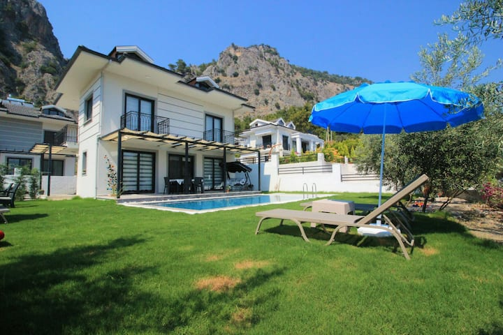Private Villa in Gocek / Villaperest