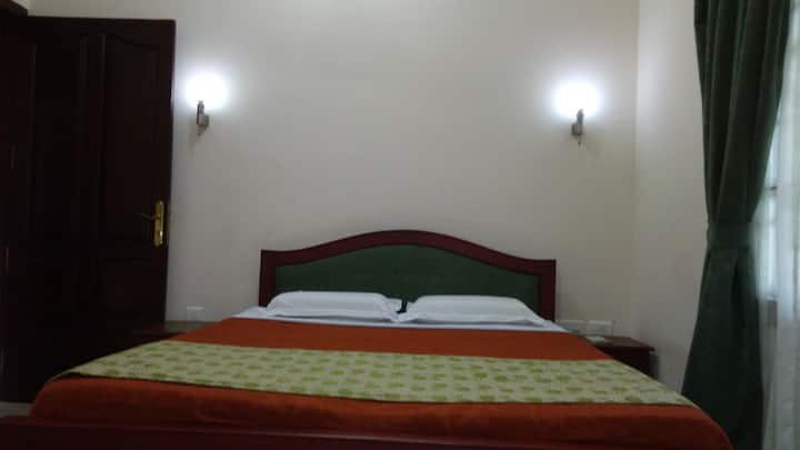 AC Deluxe Rooms (Breakfast Available On Request)