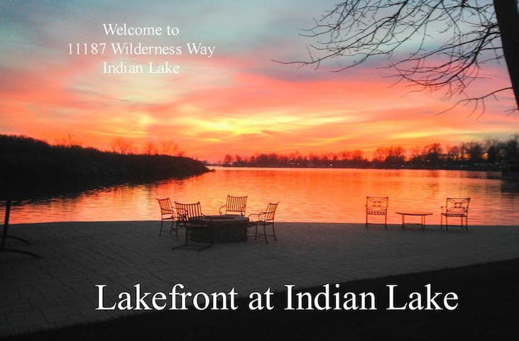 Gorgeous lakefront property w amazing sunsets