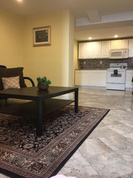 Clean Spacious Two Bedroom Apartment Free Parking Apartments For Rent In Boston