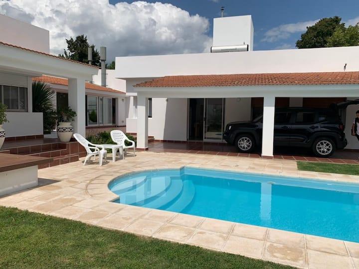 Casa entera muy cómoda en Huerta Grande, Córdoba