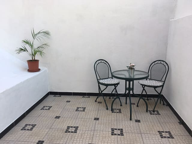 Private Terrace at 15 min from Lisbon