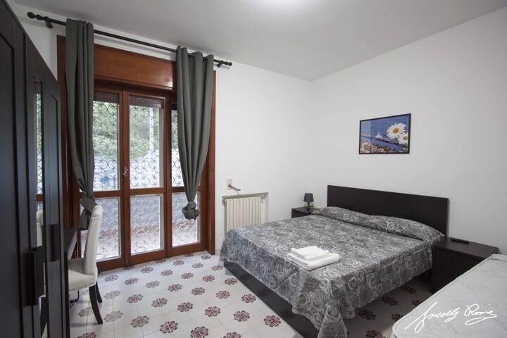 Margherita camere/villa con giardini e terrazzi