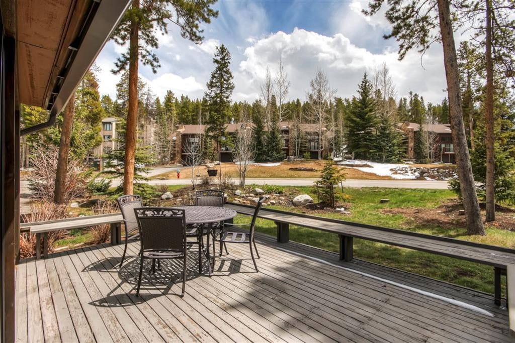 Unwind on the unit's private deck and take in the incredible mountain scenery.