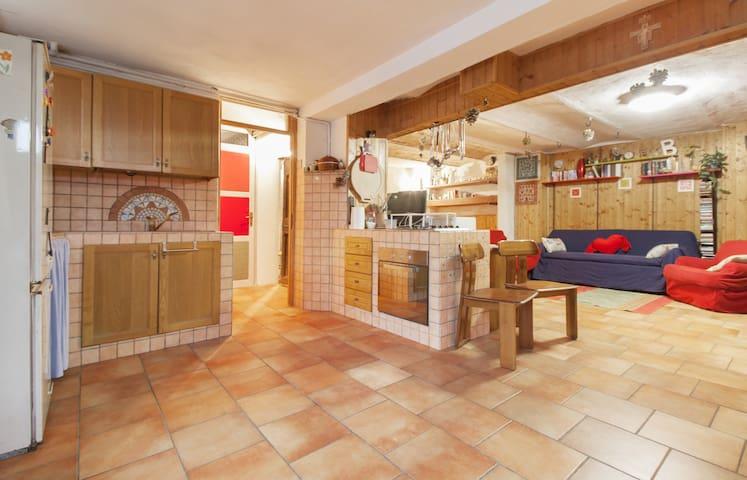 appartamento / taverna in paesino - Pinarolo Po - Apartemen