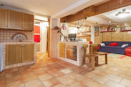 appartamento / taverna in paesino - Pinarolo Po - Wohnung