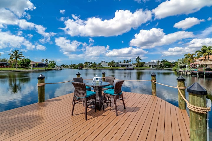 Amazing Waterfront Villa - Bay View - Gulf access!