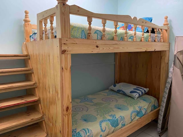 Built in bunk beds. Ideal for small kids but not adults.