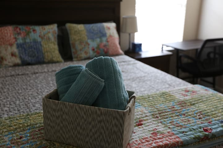 Comfortable stay close to major places, Tomball Tx