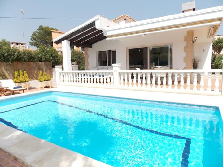 New Villa private pool and garden Port Adriano