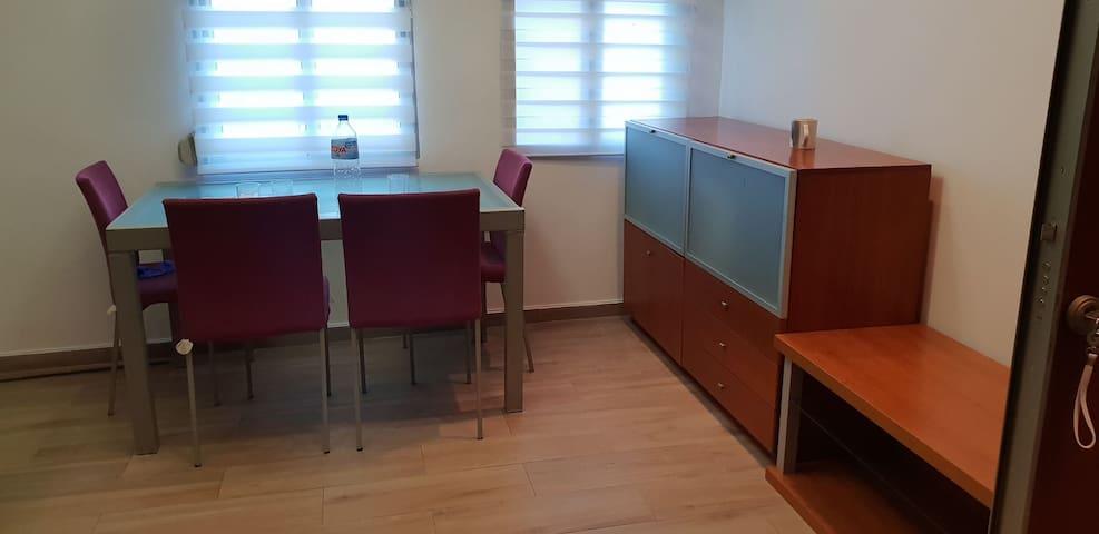 Vivienda privada, 3 habitaciones,  terraza 60mts