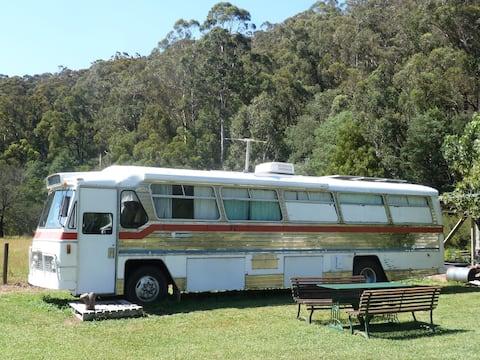 The Warburton Bus