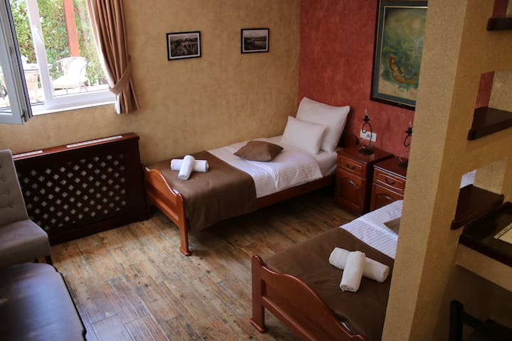Apartment 4 - room 1 - Nikšić - Pis