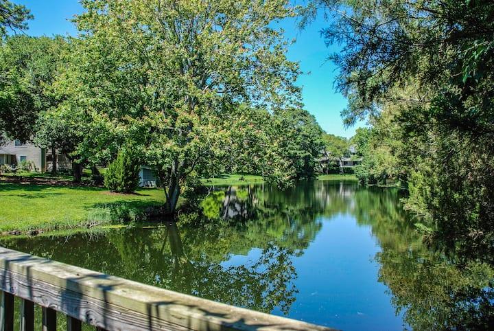 Quiet, Lake View, Sleeps4, Kingston Plantation