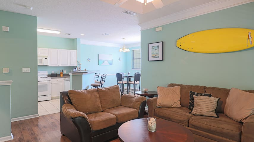 Legacy Villas by Biloxi Beach Resort Rentals 1 Bedroom 1 Bath 1BR Sleeps 4