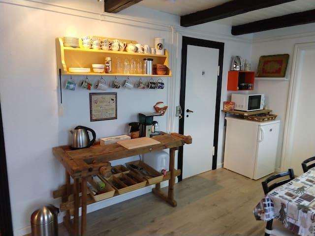 The-køkken med køleskab