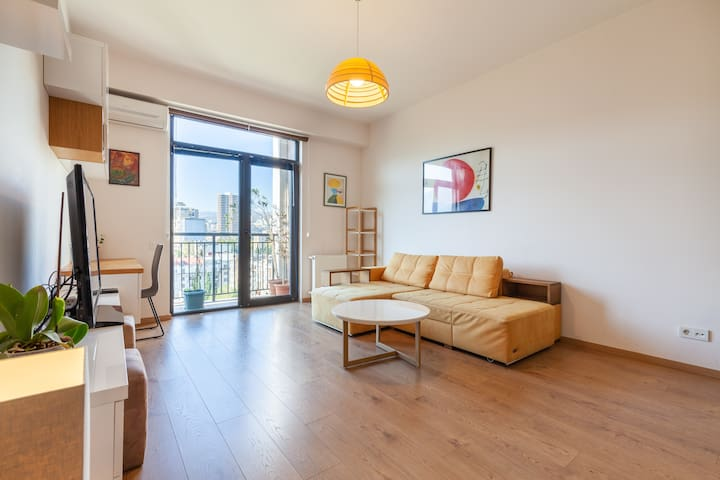 Stylish, Comfortable Apartment in the City Center