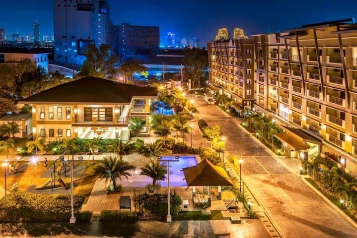 Cozy 2 bedroom resort inspired condo in  Pasig