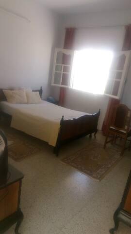 Chambre à coucher 3