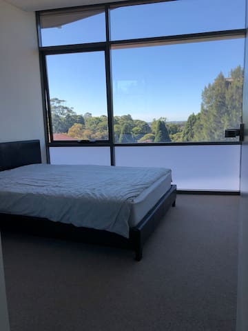 Nice clean room in the heart of Burwood