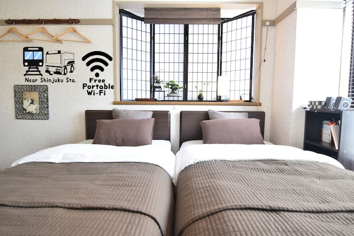 ★05 Central Shinjuku Modern J-styled room & fishes